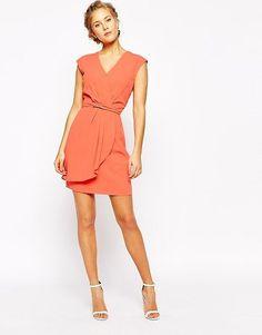 Vestido corto rojizo
