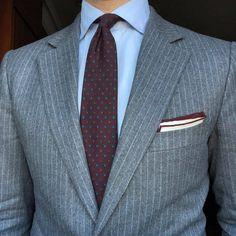 Suit! . . . . #massimodutti #personaltailoring #egcappelli #lookoftheday #look #worklook #businessman #menwithclass #dapper #dappermen #gent #gentleman #gentlemanstyle #style #styleformen #styleforum... #menssuitscombinations
