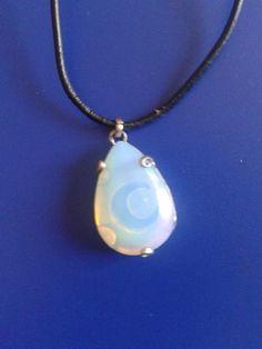 collar piedra de luna, elaboracion 100% artesanal