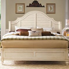Universal Furniture Paula Deen Home Panel Bed Size: Queen