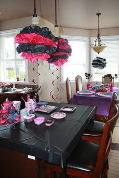Monster High food table