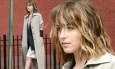 Dakota Johnson shows off her long legs as she stops traffic during sexy New York photo shoot | Daily Mail Online