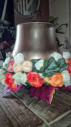Le composizioni Floreali Maison Beautè vengono realizzate a mano da i nostri Artigiani con Amore e passione #Napoli #Italia #Fiori