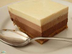 Tarta fácil de tres chocolates casera - Recetas de Cocina Casera - Recetas fáciles y sencillas