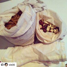 Bravo ! #Repost @sle06 with @repostapp  J'ai étoffé ma panoplie de sacs en tissu pour vrac chez @sebiobelgium tout en gardant précieusement mon sac fait main Totally Nuts  #reuse #reduce #zerowaste #zerodechet #vrac #sansplastique #plasticfree