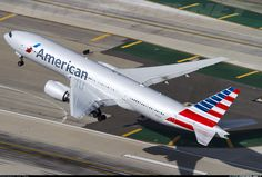 AA Boeing 777-223/ER aircraft picture