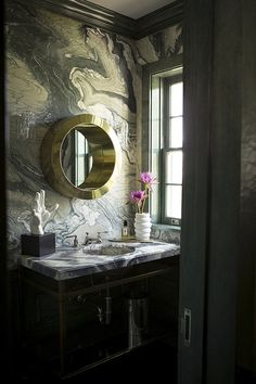 Marble bathroom in rich colors
