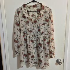 """Free People Sheer Floral Tunic/Dress I'm selling this gorgeous Free People sheer floral dress/tunic. Size XS but made to fit oversized. 30"""" long with tie waist. Free People Dresses Mini"""