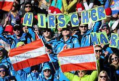 Fankurve: Auf seine Fans kann sich Marcel Hirscher auch am anderen Ende der Welt verlassen. Der Salzburger hat am 13. Februar mit einer Silbermedaille die neunte Medaille für Österreich geholt. Hirscher musste sich beim Riesentorlauf nur Ted Ligety geschlagen geben, der mit einem herausragenden zweiten Lauf den lange ersehnten Heimsieg bei der Ski-WM in Beaver Creek schaffte. Mehr Bilder des Tages auf: http://www.nachrichten.at/nachrichten/bilder_des_tages/ (Bild: GEPA)