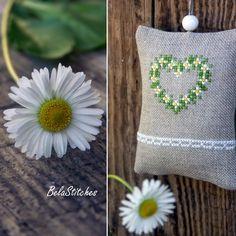 """Милые сердцу штучки: Вышивка крестом: """"Цветочные игольницы от Iza Bela Stitches"""" (Польша)"""