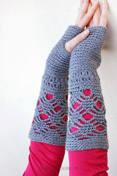 Long fingerless gloves - crochet - besenseless.blogspot.com