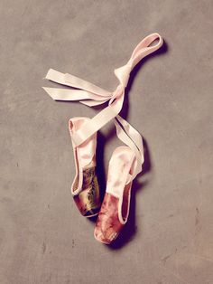 vintage pointe shoes, painted