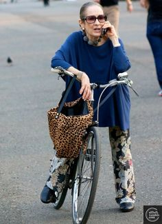 I love this lady! I bet she's a hoot - I wanna be just like her at that age.