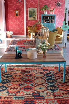 Riuttala Old School Designer Wallpaper, Designer Collection, Old School, Mid Century, Kids Rugs, Wallpapers, Living Room, Vintage, Home Decor