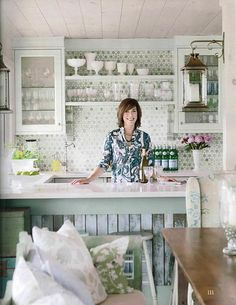sarah richardson country living cottage starting point kitchen