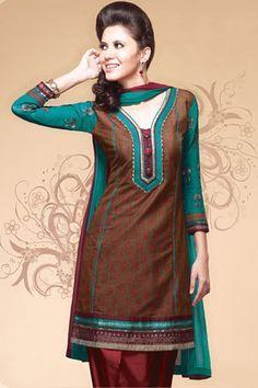 Latest Indian Dresses Online: The Largest Collection Of Indian Clothes at Utsav Fashion. Salwar Neck Patterns, Salwar Suit Neck Designs, Kurta Designs, Blouse Designs, Party Wear Indian Dresses, Indian Dresses Online, Indian Outfits, Chudi Neck Designs, Neck Designs For Suits