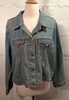 Women's Levi Strauss 3X Jean Jacket Red Tab Trucker Denim Western Copper Buttons  pd 2 sold 25
