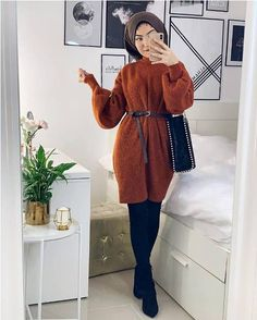 How to wear according to the apple figure body shape – Just Trendy Girls Hijab Style Dress, Modest Fashion Hijab, Modern Hijab Fashion, Hijab Fashion Inspiration, Hijab Chic, Hijab Outfit, Muslim Fashion, Mode Inspiration, Hijab Fashionista