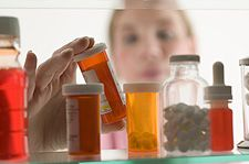 Stocking Your Home Pharmacy: The Ten Items Everyone Needs to Have « Family Webicine