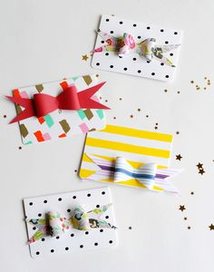 Paper Bow Party Invites