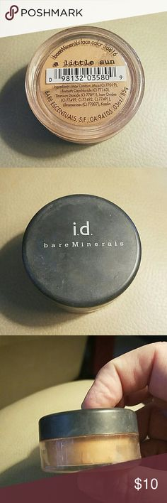 Bare Escentuals face color in A Little Sun This is a NWOT Bare Escentuals face color from my non smoking home. NEVER used. Color is A Little Sun. From when Bare Escentuals was a neat company. No expiration date on these as they are minerals. Full size. Bare Escentuals Makeup