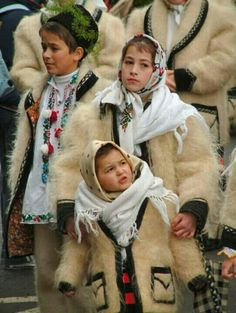 Carols singing,  Colindatori, Romania