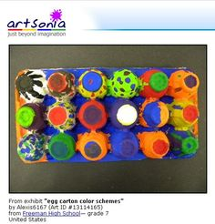hmmm, good idea for using up those egg cartons! Chess Set Idea- Cut individual sections out, Add pipe cleaner legs, use layers for bigger creatures, create a chess set. Color schemes to differentiate sides. Egg Carton Art, Egg Cartons, Preschool Painting, Preschool Art, Kids Room Art, Art For Kids, Reggio, Art Activities, Spring Activities