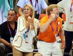 Prince Willem Alexander ,Princess Maxima watched swimming.