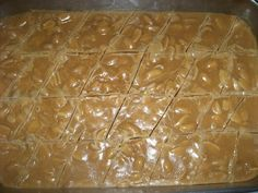O Doce de Amendoim Caseiro é delicioso, fácil de fazer e a criançada vai adorar. Faça hoje mesmo! Veja Também: Amendoim Doce Veja Também: Doce de Mamão Ver