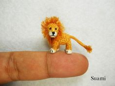 miniature-crocheted-animals-suami-3 - Lion is way too cute!