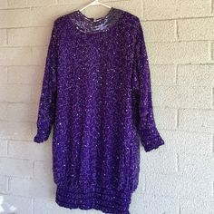 PURPLE BEADED DRESS SILK by LAWRENCE KAZAR GOOD M PREOWNED VERY GOOD CONDITION. ZIPS UP THE BACK ELASTIC AT CUFFS AND BOTTON. ROOMY FULLY LINED. SILK BEAUTIFUL LAWRENCE KAZAR Dresses Long Sleeve
