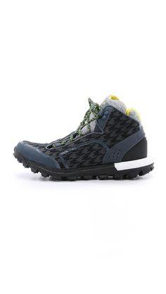 5a67ca3af457 adidas by Stella McCartney Response Trail Boost Sneakers Модная Мужская  Обувь, Кроссовки Адидас, Полусапожки