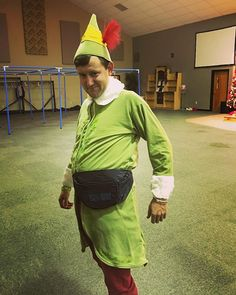 Pin for Later: 117 Ingenious DIY Costumes From Your Favorite TV Shows and Movies Buddy the Elf