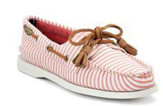pink boat shoes preppy kicks