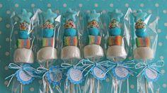 BROCHETA AZUL PARA COMUNION Frozen Bday Party, First Birthday Parties, Shower Bebe, Baby Boy Shower, Little Mermaid Birthday, Girl Birthday, Teen Boy Cakes, Market Day Ideas, Candy Kabobs