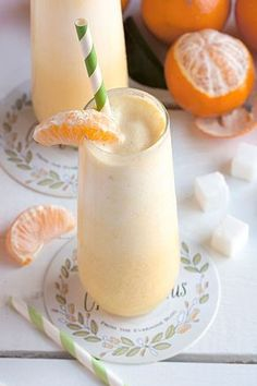Orange Julius |The Orange Julius is a well-loved, classic American smoothie with origins in the mid-1920's. And although you can likely purchase this beverage from your local Dairy Queen these days, there's really no need to drop the dough when you can make it at home with just a few super common household ingredients: ice, milk, orange juice concentrate, sugar and vanilla. #drinks