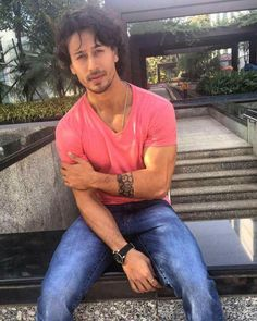 1000 images about tiger shroff indian film actor on for Tiger shroff tattoo