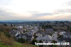 Spectacular Views from the Forest Heights area - Portland, Oregon. Walking Paths, Common Area, Portland Oregon, The Neighbourhood, Mountains, Travel, The Neighborhood, Viajes, Destinations