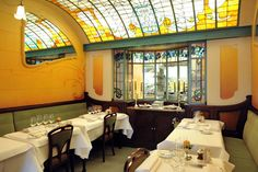 Brussels, Belgium - Comme Chez Soi. Yes, a meal woudl be nice....but look at this Art Nouveau!
