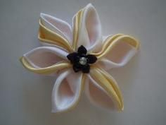 DIY Tutorial Flower Crafts / DIY Flower - Bead&Cord