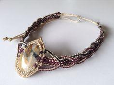 Collar Macramé, piedra Ópalo Rosa. Macrame Necklace