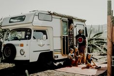 Life In The Van - Captured By Zorann Elizabeth - 3 Kids, 2 Dogs and 1 Old House 3 Kids, Van Life, Recreational Vehicles, South Africa, Tiny House, Type, Interior, Dogs, Travel