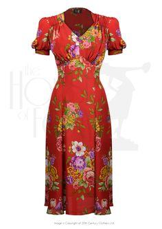 Product information : Tea Dance Dress - Crimson Dreams 1940s Fashion Dresses, 1940s Dresses, Vintage Style Dresses, Modest Fashion, Fashion Outfits, Dress Fashion, Vintage Inspired Fashion, Retro Fashion, Vintage Fashion