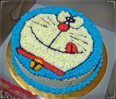 A Matcha Azuki cake with 2D buttercream Doraemon for little Karens