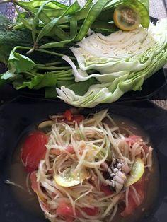 Somtam - Salat von der grünen Papaya