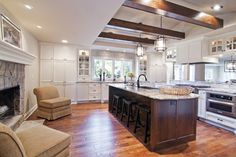 Traditional Kitchen Photos Kitchen Peninsula Design, Pictures, Remodel, Decor and Ideas - page 133