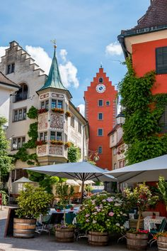 A Picture-Perfect Town in Germany: Meersburg, Lake Constance(Favorite Places) Places To Travel, Places To See, Travel Destinations, Vacation Travel, Hawaii Travel, Holiday Destinations, Lake Constance Germany, Germany Travel, Germany Europe