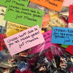 Following Maaike: Traktatie als afscheid voor de kinderen na 4 weken stage: Choko-toff dat ik jou les mocht geven! Your Teacher, Teacher Gifts, Thank You Gifts, Little Gifts, Diy Gifts, Preschool, Presents, Homemade, Teaching