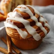 Sweets Recipes, Muffin Recipes, Desserts, Home Bakery, Cinnamon Rolls, Japanese Food, Food And Drink, Pudding, Bread