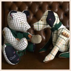 Good afternoon, a little post to introduce you to two very smart memory bears. These chaps were handmade from a variety precious clothing. The clothing was chosen by two daughters to reflect the close memories of their very loved and missed family member. They spent a while choosing the most...